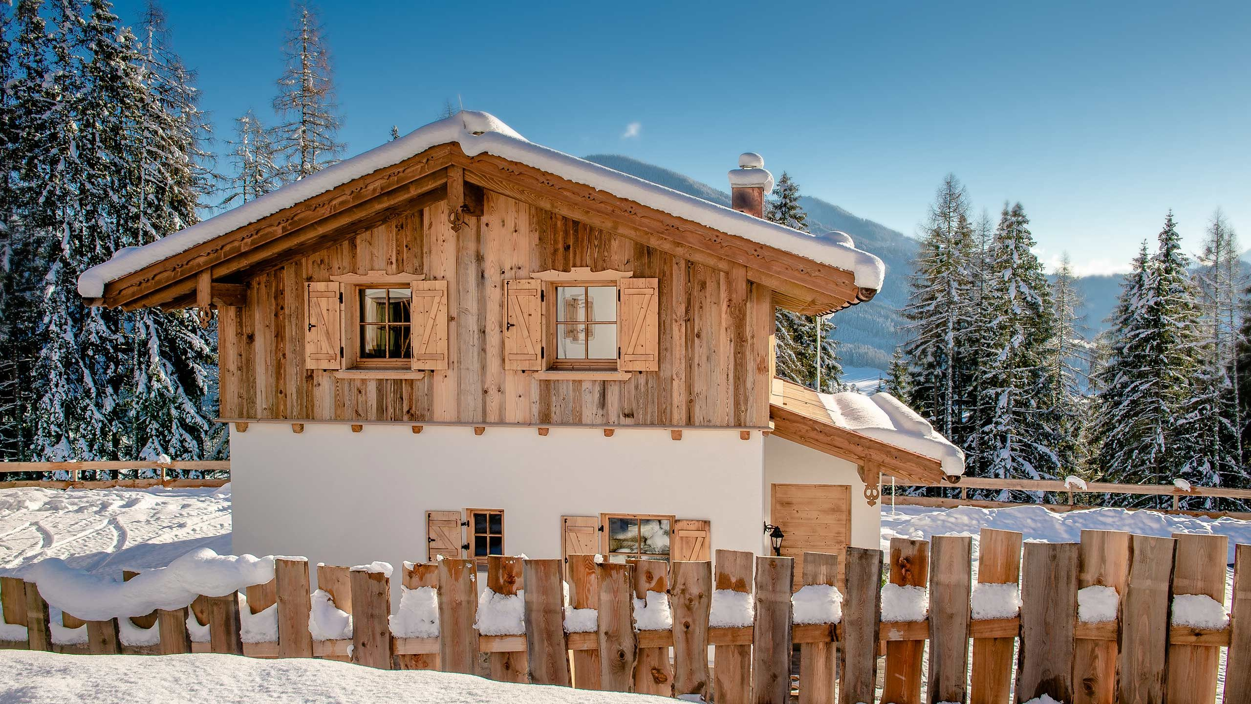 View of an Eulersberg chalet. Winter atmosphere.